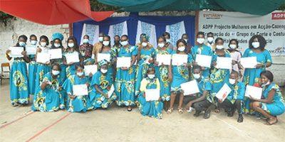 xGraduation_ceremony_for_women_at_Zango1.png.pagespeed.ic.n0BILHeqX1